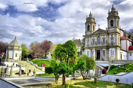 Visit Braga And Guimarães In This 1 Day Tour