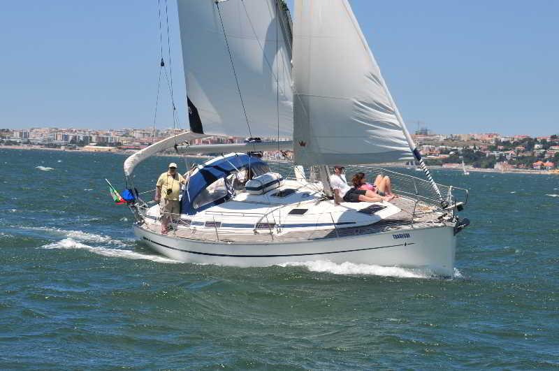 Yacht Cruise Cascais Estoril