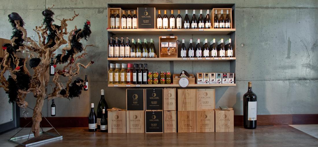 Wine shop AdegaMãe