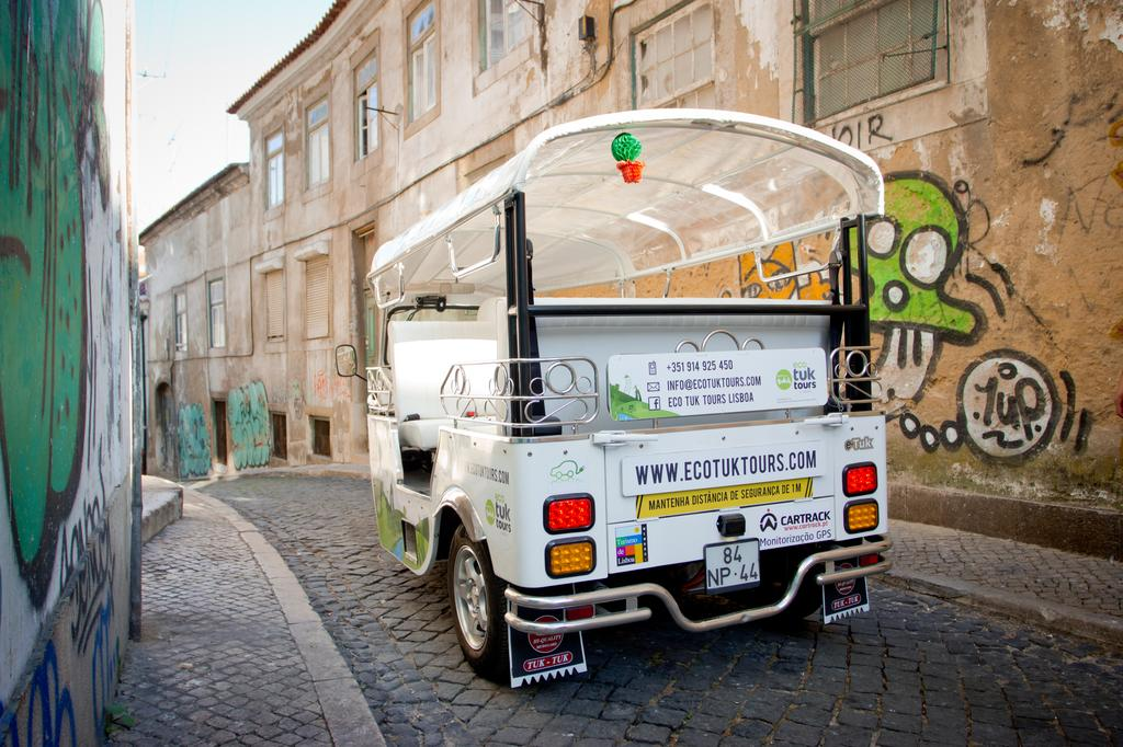 Eco-Tuk-Tours