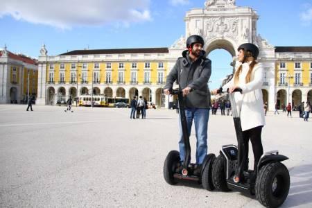 Circuit En Segway Dans La Lisbonne Médiévale
