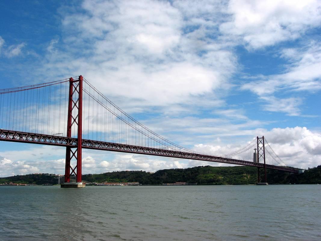april-25-bridge-lisbon