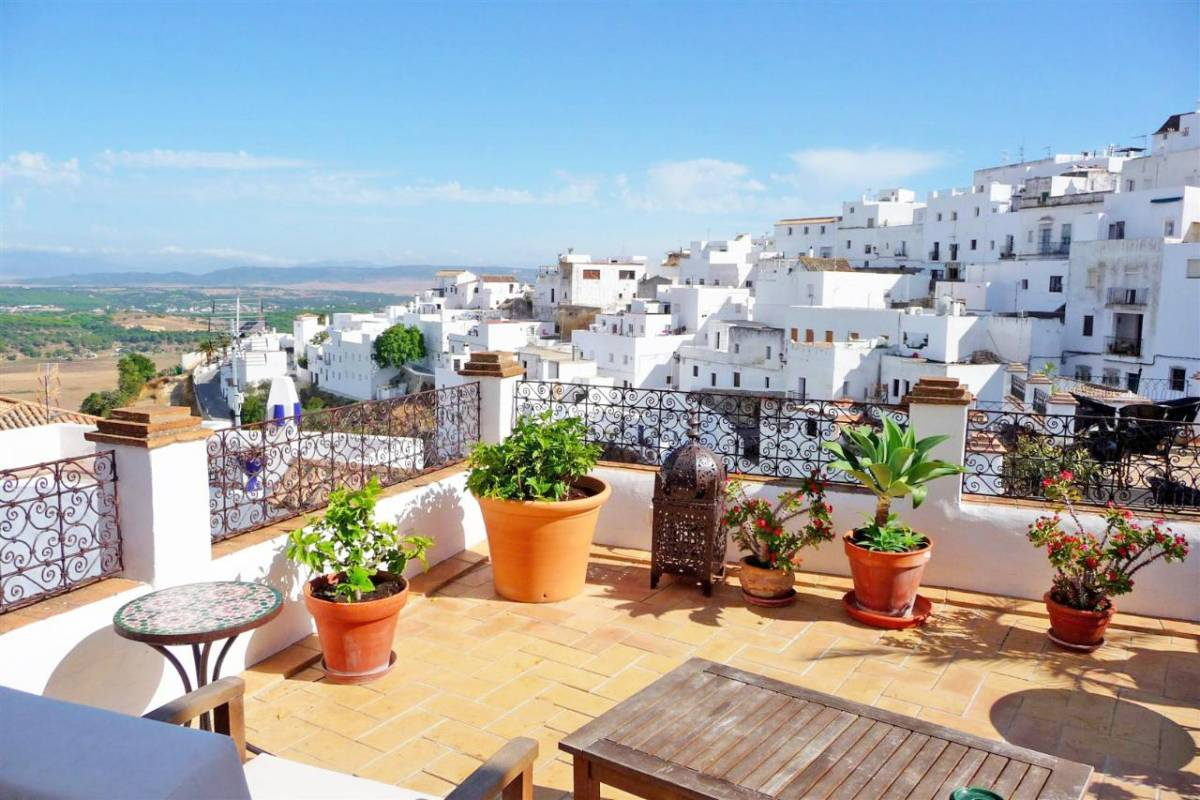 Private Day Trip From Cádiz: Vejer De La Frontera & Bolonia