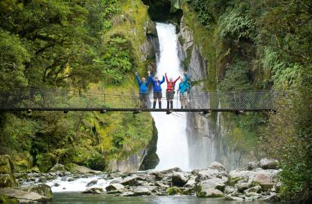 5-Hour Milford Track Guided Walk To Giant Gate Waterfall