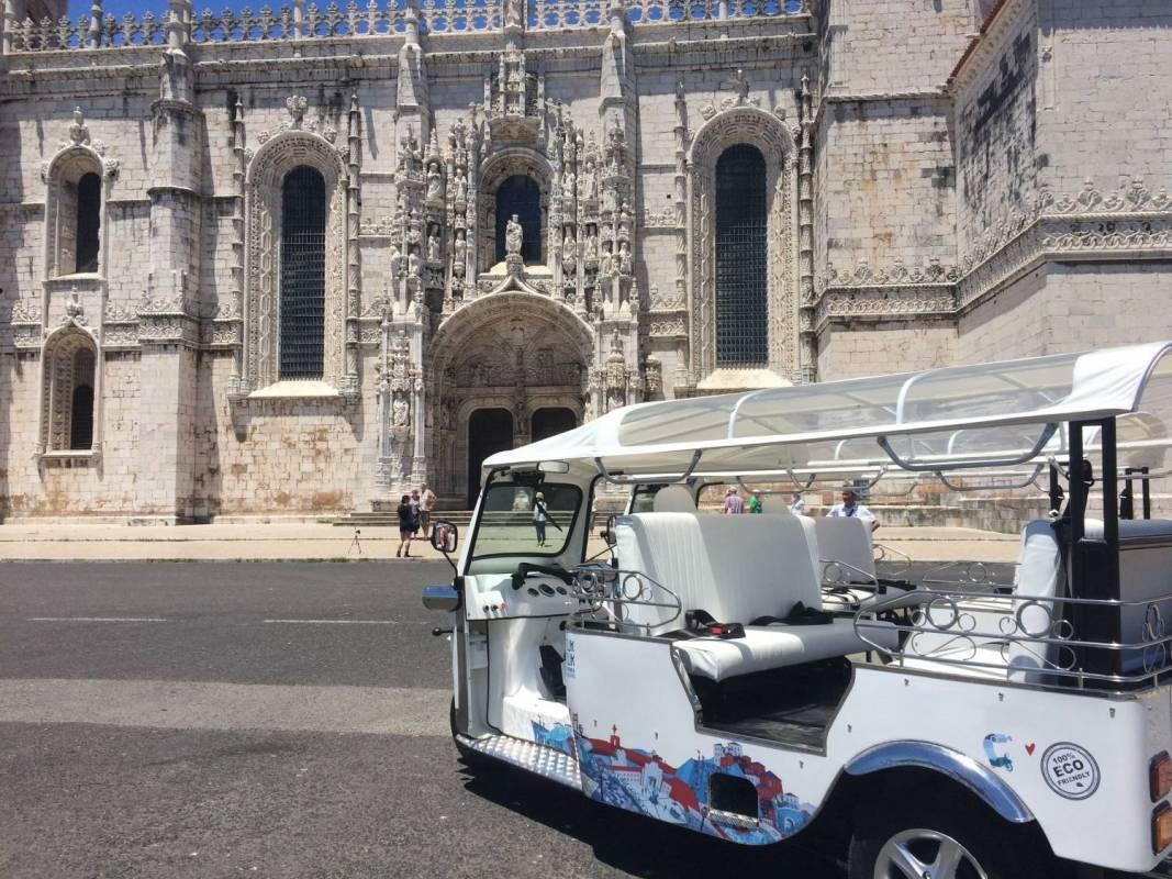 Lisbon - Tuk Tuk Guided Tour | Potluck Tour