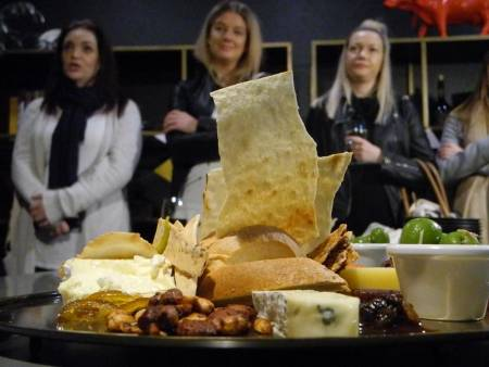 Fromage Walking Tour - Perth
