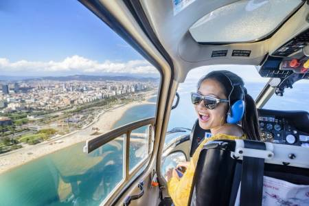 Barcelona: Luxury Minibus Tour With Helicopter Flight And Boat Trip