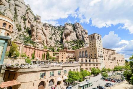 Montserrat Monastery & Hiking Experience - Barcelona, Spain