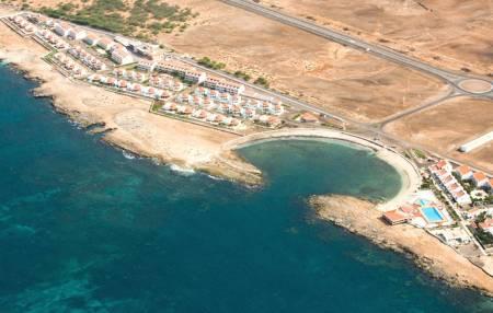 Murdeira Bay