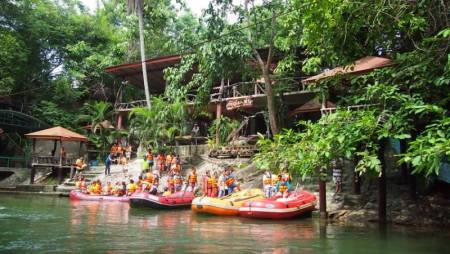 Rafting At Kaeng Krachan Thailand