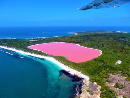 Lake Hillier-Middle Island Scenic Flight