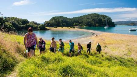 Adventure Cruise - Bay of Islands - Paihia - New Zealand