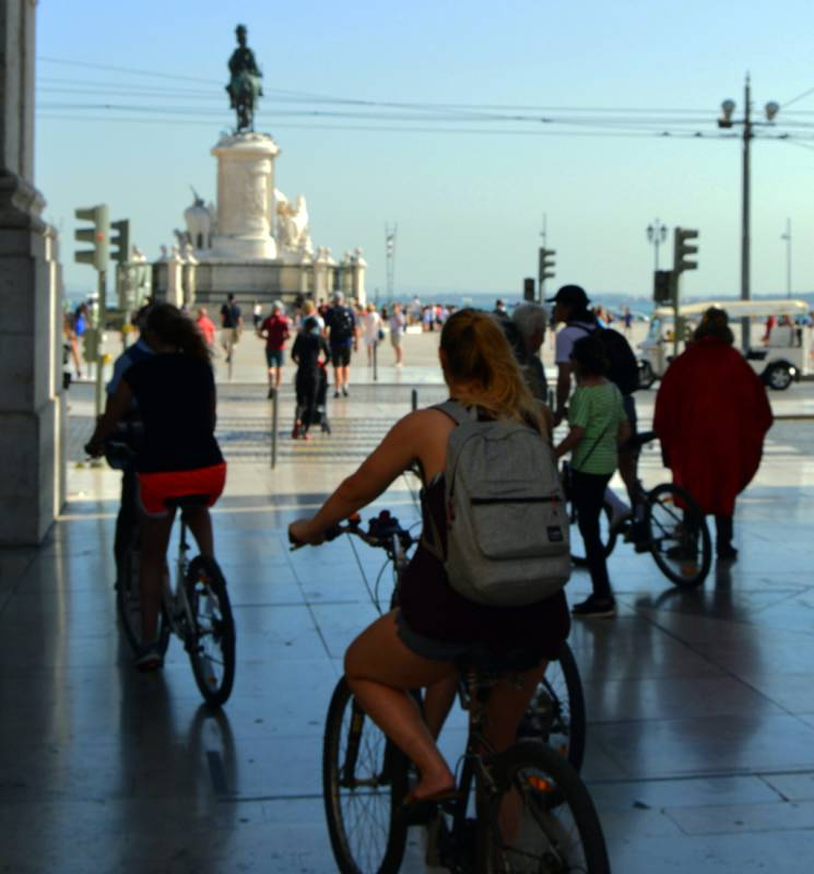 Lisbon 7 Hills, Viewpoints And City Center - Electric Bike Tour