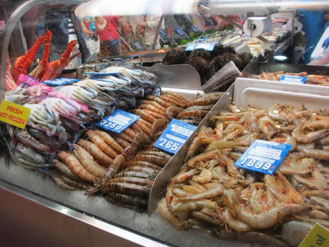 Seafood bbq class queen victoria market for Fish market queens