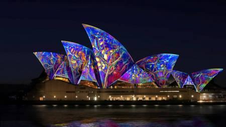 Golden Vivid Cruise - Sydney