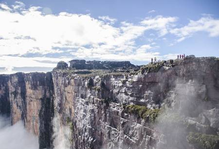 Expedition To Mount Roraima