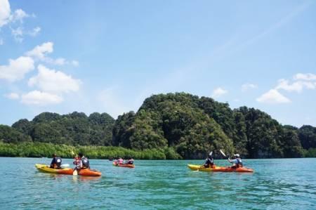 Día Completo De Kayak En El Thalane Bay