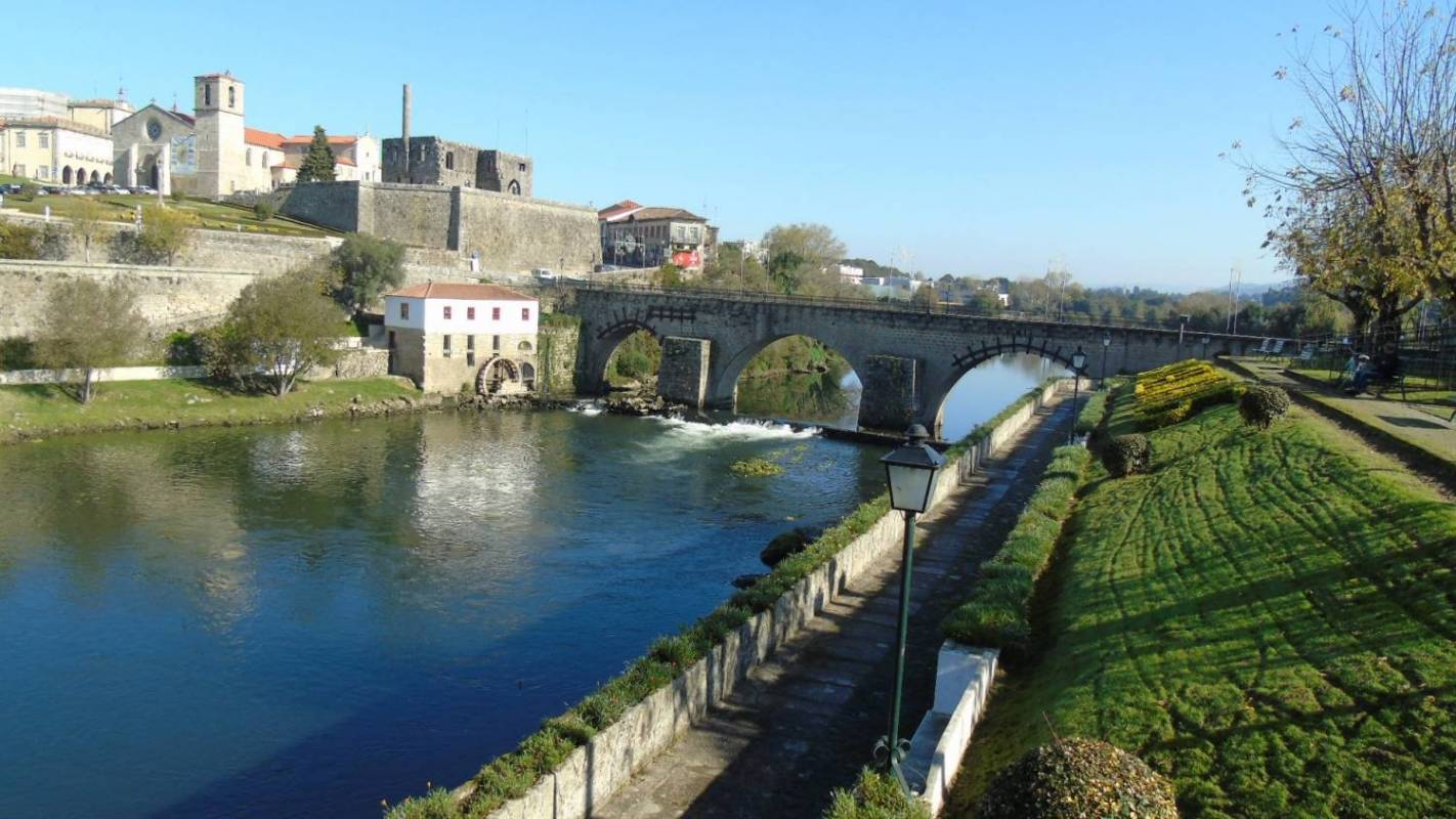 From Porto Barcelos Private Tour The Birthplace Of A National