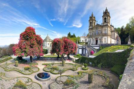 Full Day Tour In Minho (Braga, Guimarães & Viana Do Castelo) From Porto With Lunch