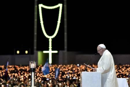Candlelight Procession - Fátima