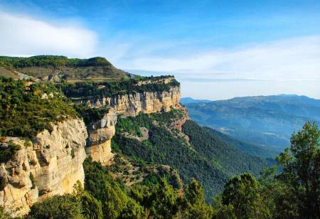 From Barcelona: 9-Hour Rural Catalonia Hiking Experience And Rupit Medieval Town