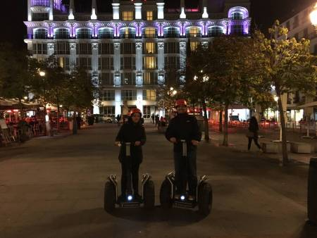 Visite Privée De Nuit En Segway À Madrid