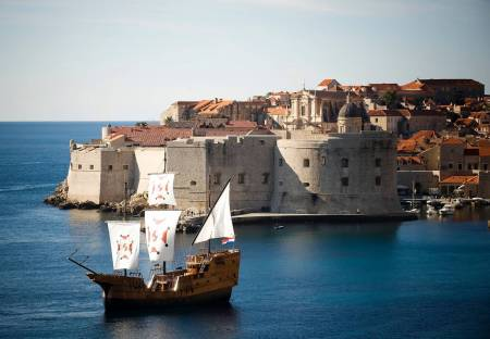 Tour De 2 Horas De Game Of Thrones Con Crucero De Karaka Y Recorrido A Pie Por Dubrovnik