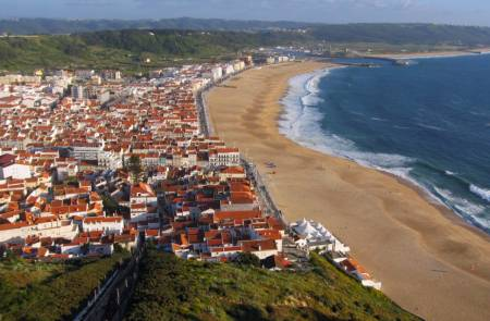 nazaré city portugal