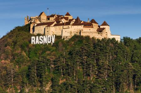 From Brasov To Rasnov Fortress And Bran Castle – 6-Hour Guided Tour