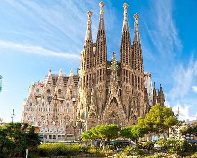 Sagrada Familia Facades Private Walking Tour, With Skip The Line Ticket
