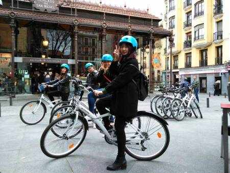3-Hour Guided Bike Tour In The Highlights Of Madrid
