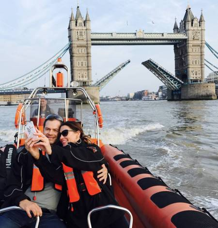 Speedboat Tour Through London