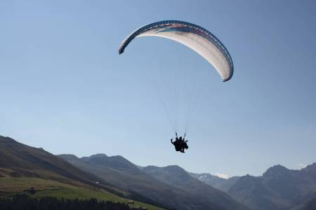 Paragliding Tandemflight In Davos, Switzerland
