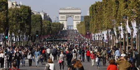 Champs Elysées Avenue