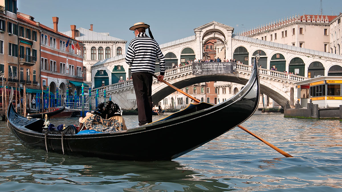 Language Venice Walking Tour