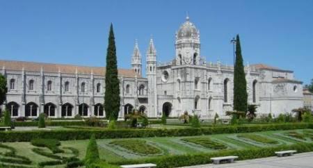 Religious Monuments & Culture Tour – Lisbon