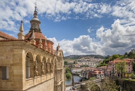 From Porto: Douro Valley Private Day Tour With Wine Tasting In Wine Farm