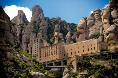 En Français: Après-Midi À Montserrat Et La Vierge Noire