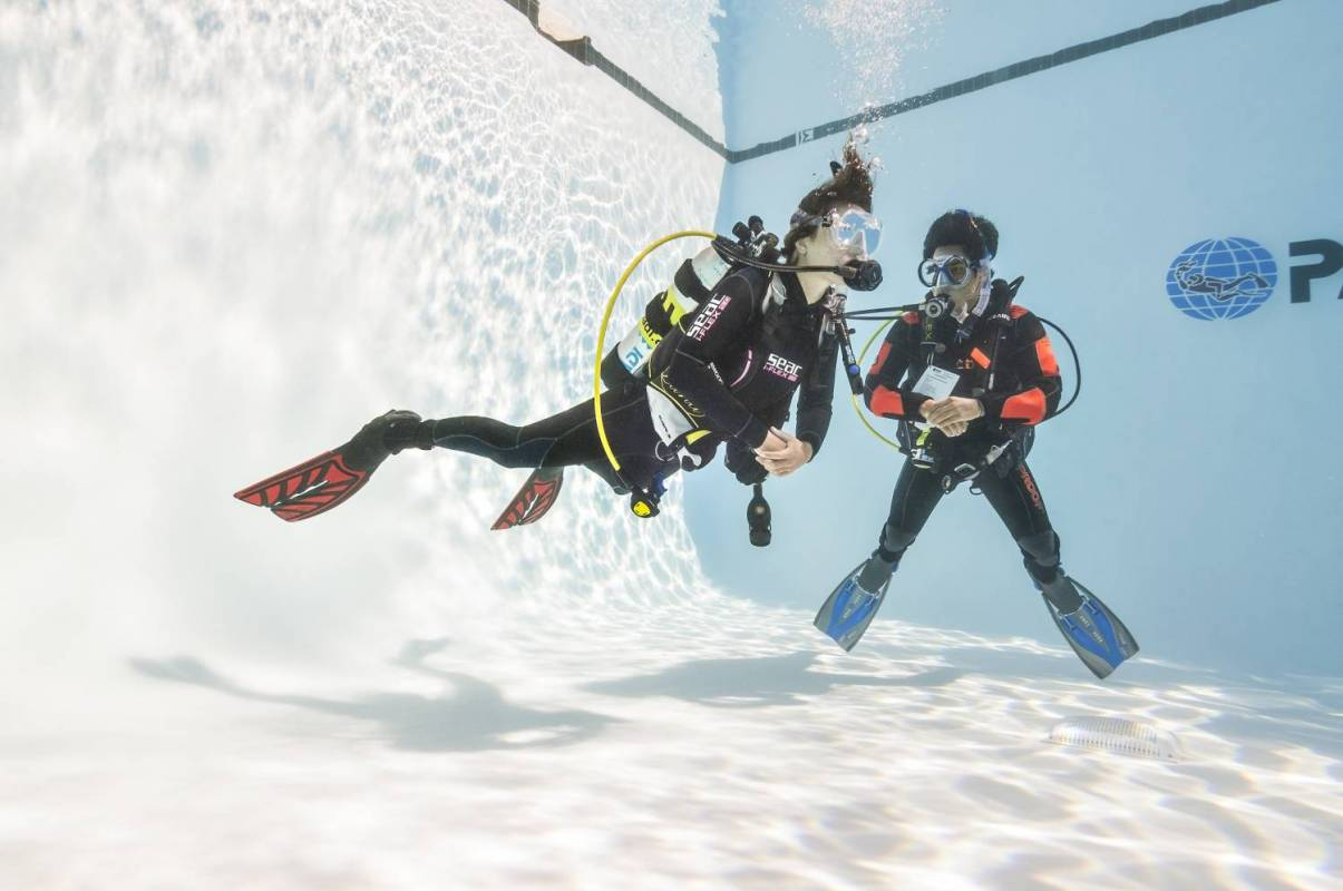Curso padi open water 3 dias experitour padi open water course 3 days fandeluxe Choice Image