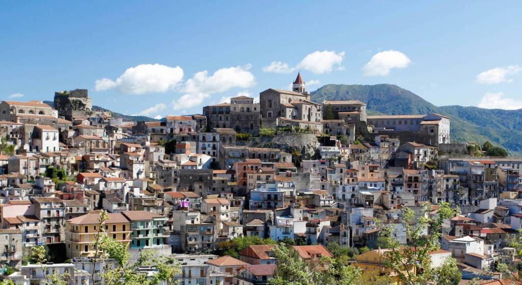 Go back to Sicilia