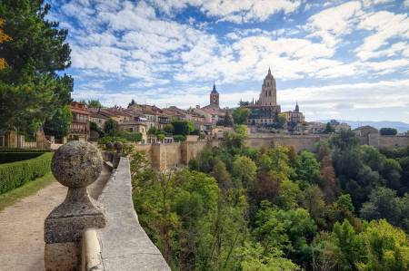 Passeio De Meio Dia Em Segovia A Partir De Madrid