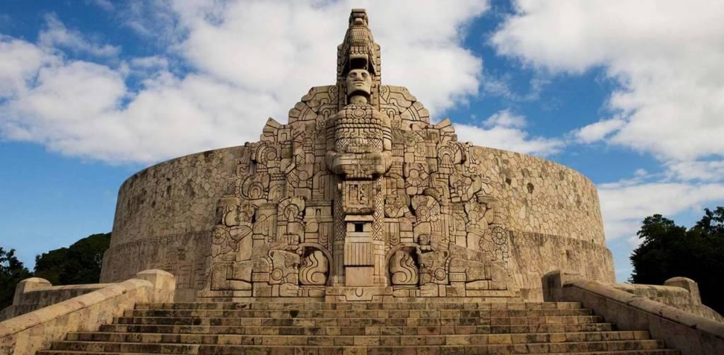 Geh zurück zu Yucatán