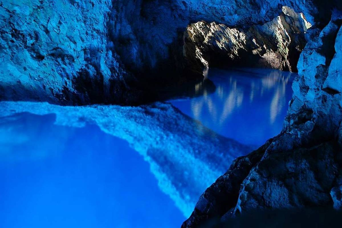 blue cave trip Hvar croatia