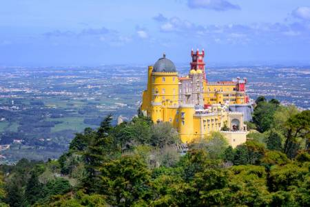 From Lisbon: Full Day Private Tour To Sintra, Cascais & Queluz