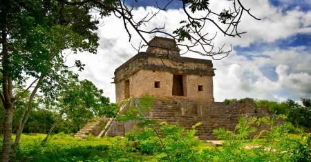 Dzibilchaltun, Corchito, Progreso Nature And Archaeological Tour