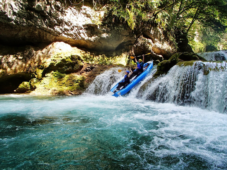 Kayaking Canyon Mreznica
