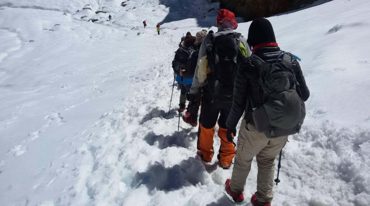 Everest Base Camp Trek Via Gokyo Lakes – 17 Days
