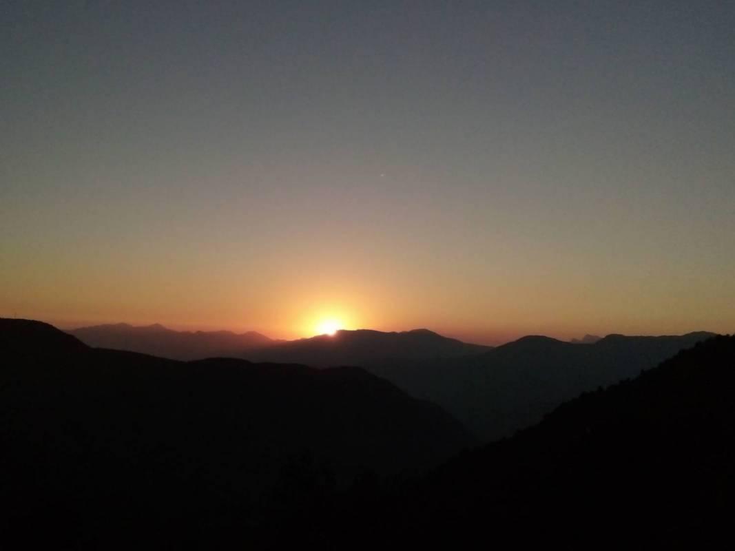 2 Night 3 Days Chisapani - Nagarkot Sunrise Trek