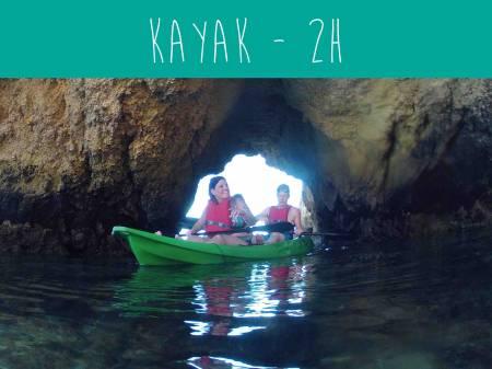 Von Portimão Aus: 2-Stündige Küstenkajaktour Mit Höhlen Und Guide