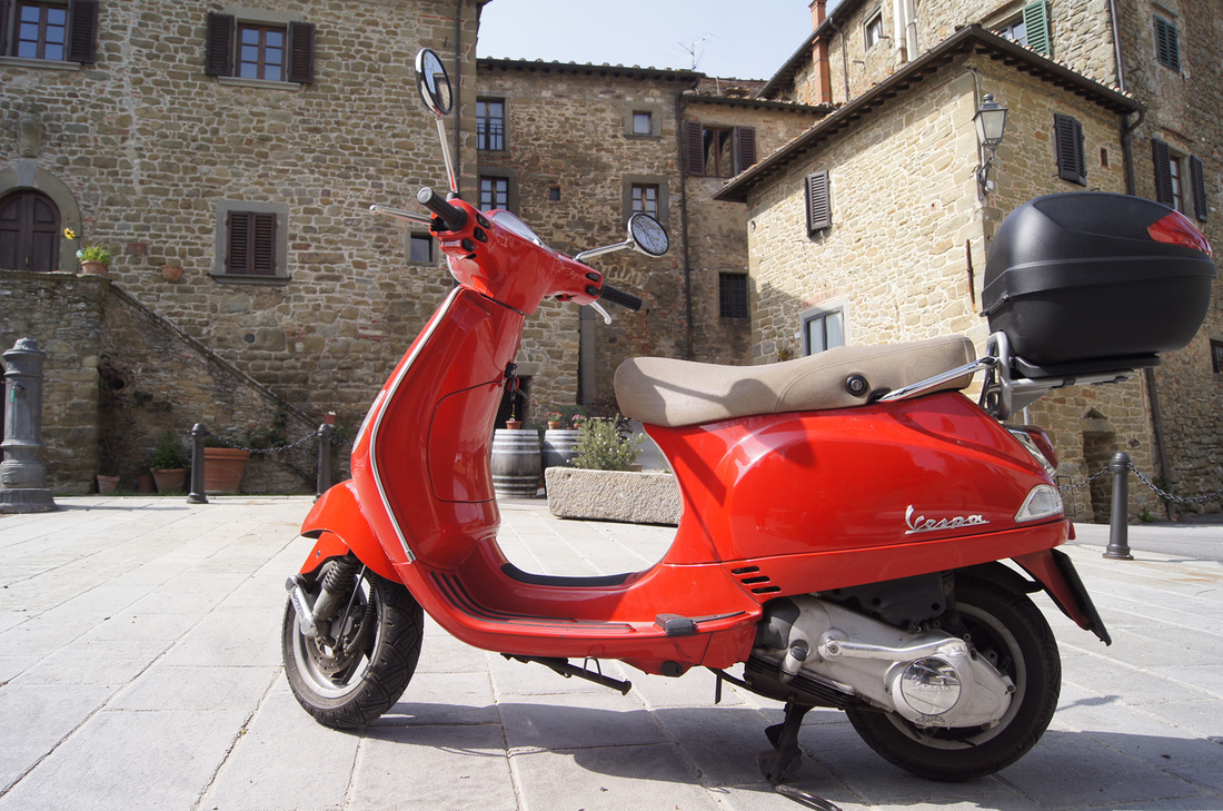 Vespa And Chianti Tour From Siena